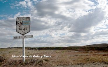 Letrero de la Ruta 40 camino a San Carlos de Bariloche