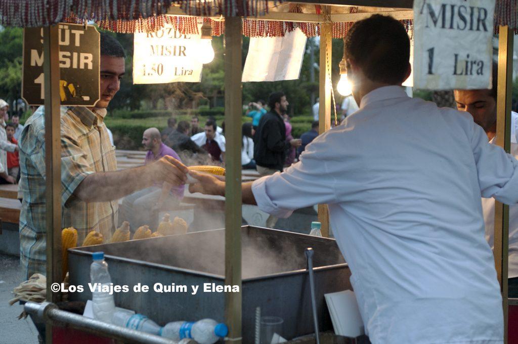 Vendedor de mazorcas de maiz