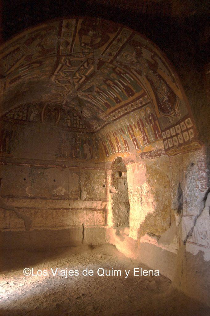 Interior de una iglesia del Valle de Ilara