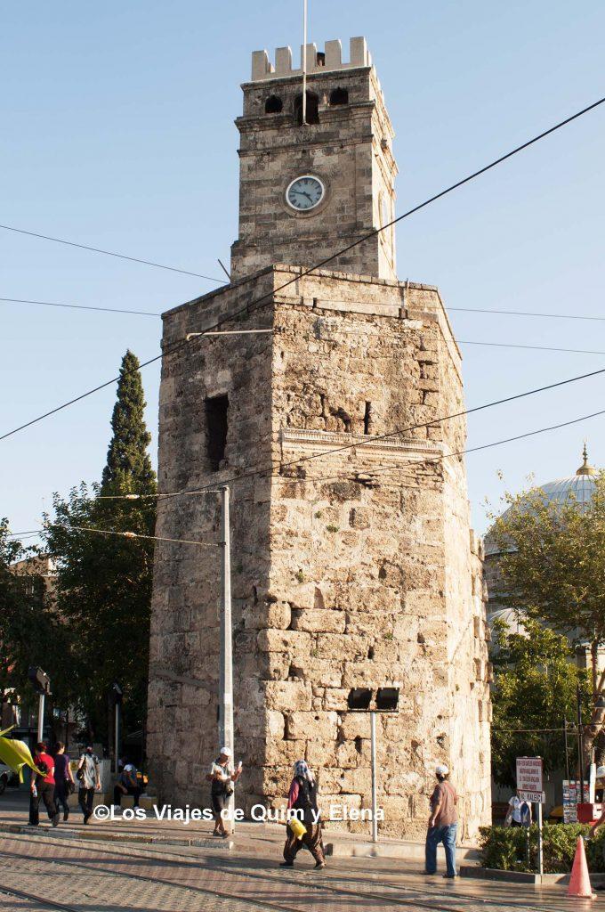 Torre del reloj de Antalya
