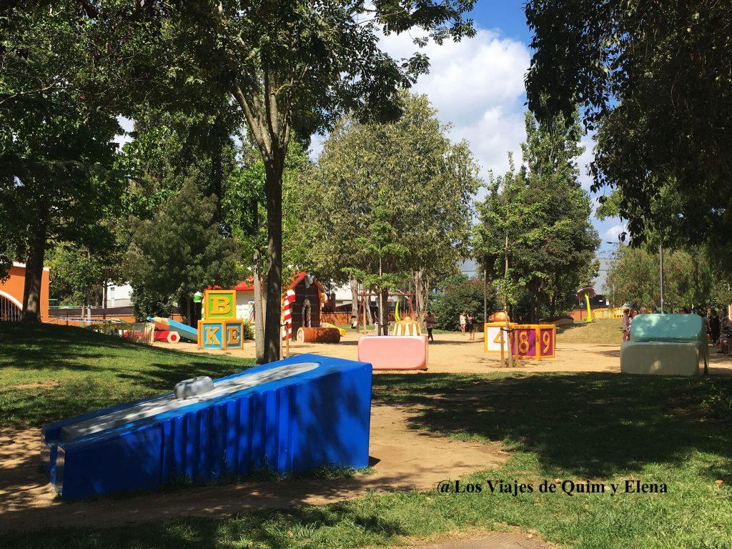 Sacapuntas gigante en el Parque Francesc Maciá