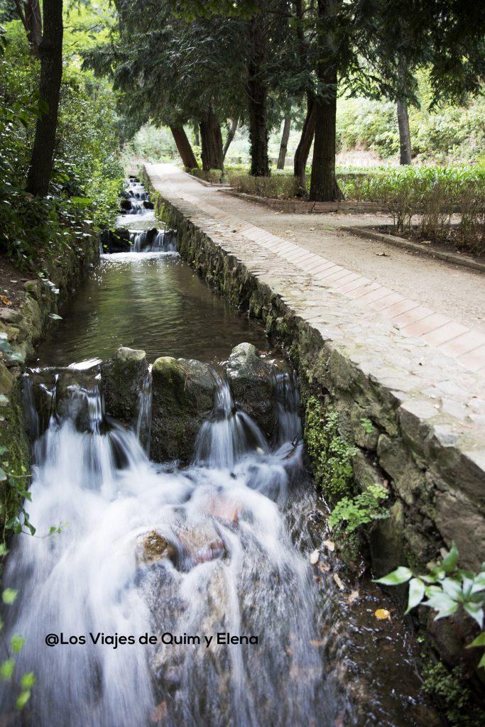 Canal por donde transcurre el agua