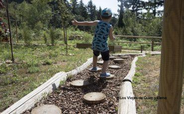 Caminar descalzos en Selva Aventura