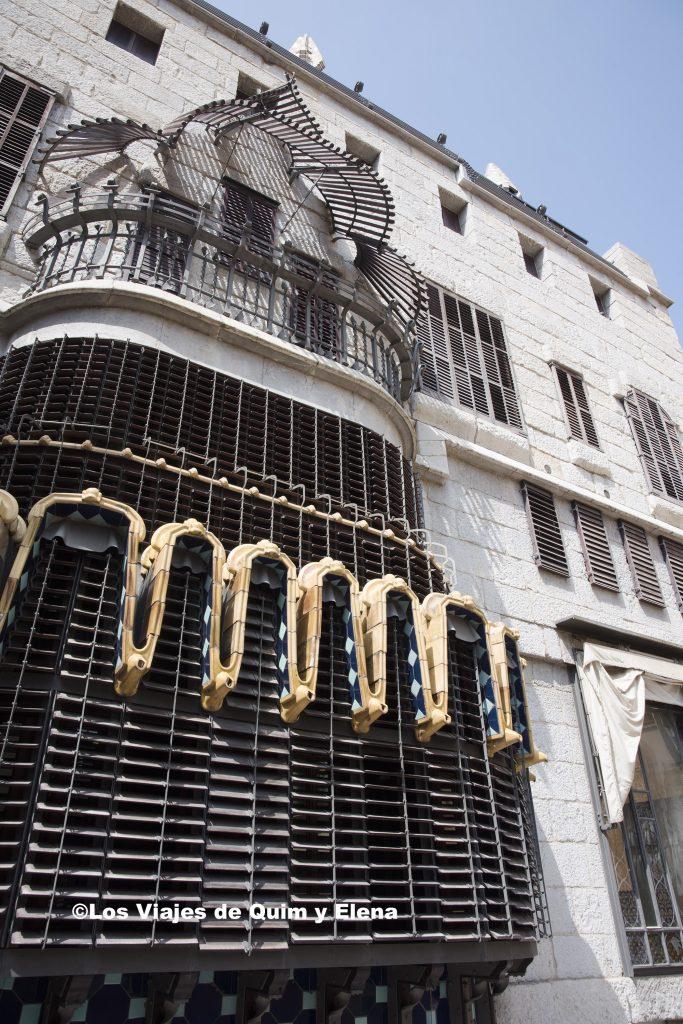 La fachada posterior del Palau Güell