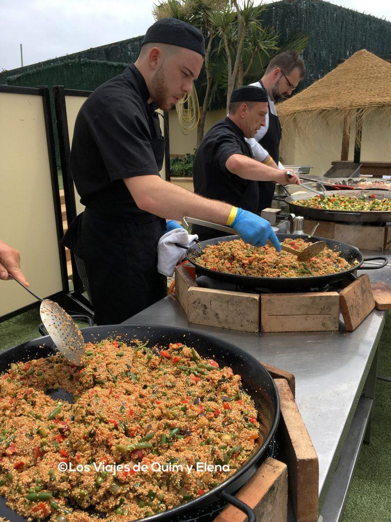 Preparando la comida en el Hotel Evenia
