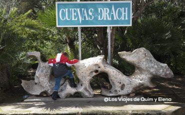 Éric haciendo escalada en la Cueva del Drach