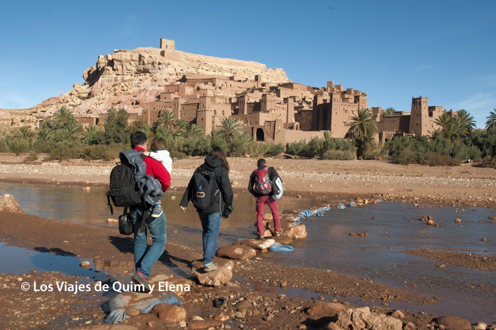 Cruzando hacia Ait Ben Haddou