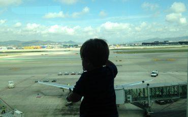Éric preparándose para volar a Escocia