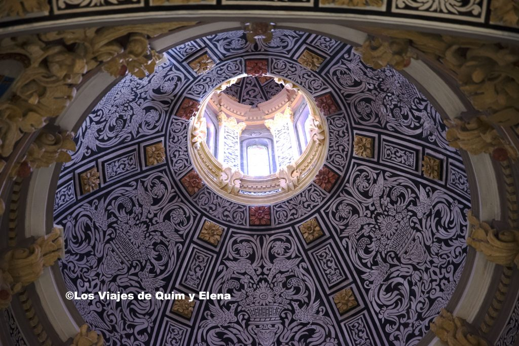 Cúpula del Mausoleo de los Amantes de Teruel, haciendo Turismo por Teruel
