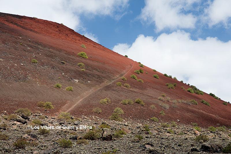 Camino hacia el crater
