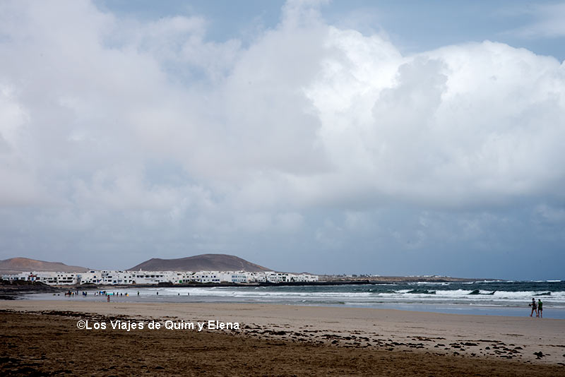 Pueblo de Caleta Famara, surf en Lanzarote