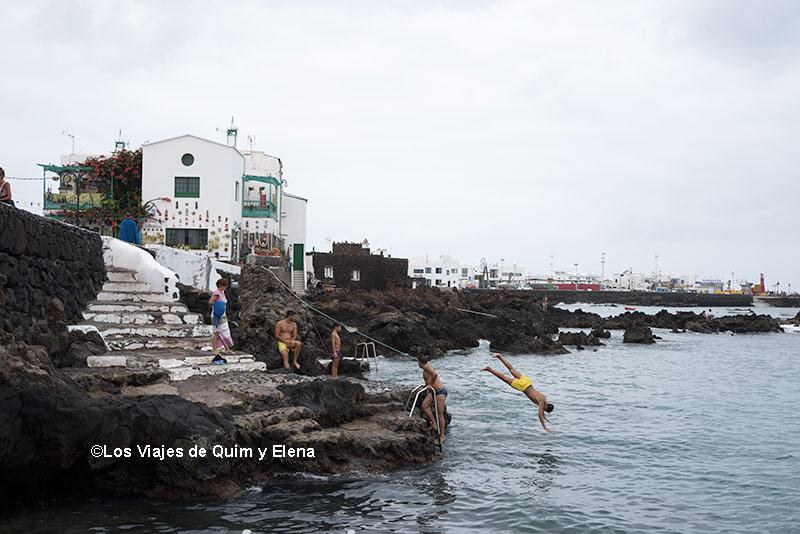 Saltando al agua - Casa de César Manrique