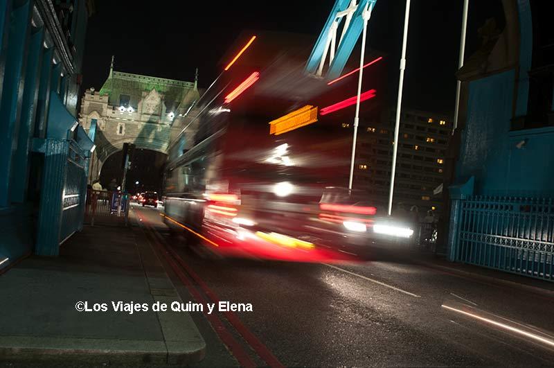 Tráfico en Tower Bridge