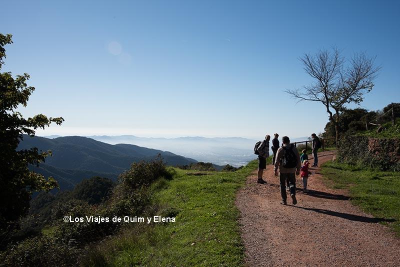 Hacia el inicio del circuito del Montseny