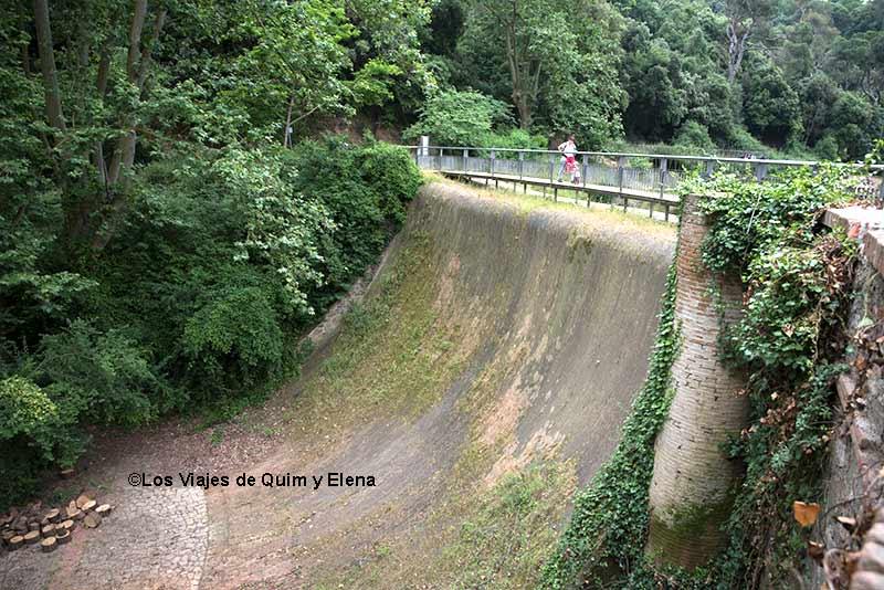 La presa del pantano de Vallvidrera