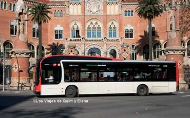 Autobús junto al Sant Pau Modernista